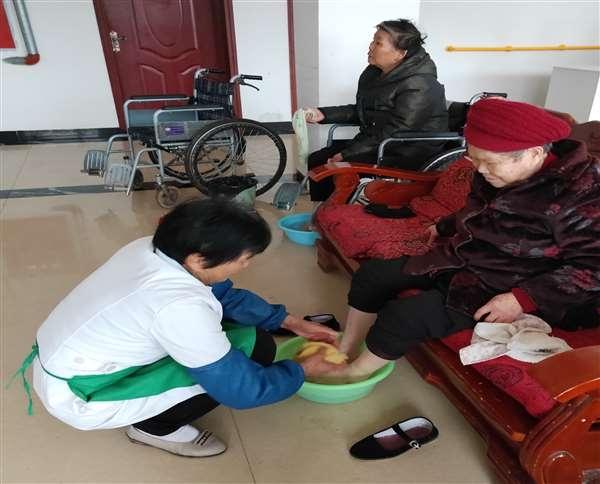 蓬安老人护理